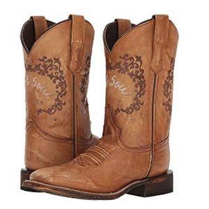 Laredo Fierce Cowgirl Boots